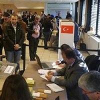 38000人の国外在住トルコ人が国民投票の初日に投票した