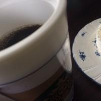 白いロールケーキ(o^^o)