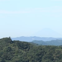 大塚山から10月の富士山の眺め