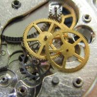 自動巻きの時計とラドーの自動巻き、ロンジンの手巻き時計を修理です