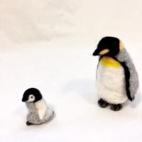 皇帝ペンギンの親子