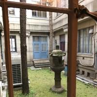 築地本願寺 は昔の学校みたい?