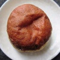 ドイツのジャム入り揚げパン「ベルリーナ」@タンネ
