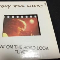 TONY JOE WHITE / THAT ON THE ROAD LOOK