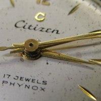 シチズン婦人物の手巻き時計を修理です。