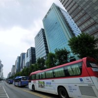 韓国に登場した超豪華高速バス、障害者を置き去りで騒動