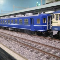 EF60+12系客車