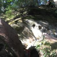 丸目の乳岩さまを訪ねる