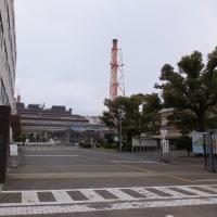 JR六甲道駅から阪神新在家駅を通り、神戸製鋼・神戸製鉄所の正門前へ。最後は阪神御影駅まで歩いた。