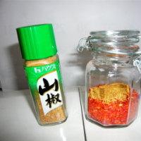 生ラー油を作る。