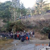 濃溝の滝(千葉県君津市・亀山湖のそば)