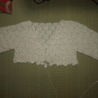 母が40年間研究したカスパリー編みの応用を教えています。