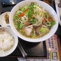 昼ごはんは、とろ~りスープのたっぷり野菜ラーメン@喜多方ラーメン
