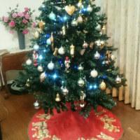 昨日の晩御飯とクリスマスツリー
