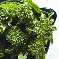 春の時期には旬になる菜の花を様々な料理で使う