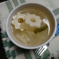 冬瓜とちくわぶの中華スープ / ひっくり返す...