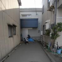 「街中の狭小二世帯住宅」隙間からの表現