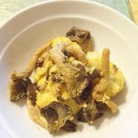 カリフラワーとオイスターマッシュルームのカレーココナッツオイル炒め