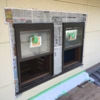ヘーベル ハウスサッシ入れ替え 窓周りのモルタル補修作業