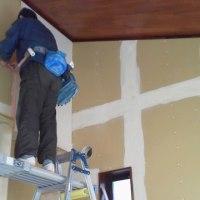 平屋の新築分譲住宅 内装クロス工事施工中