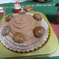 毎年届く私への課題そして遅ればせながらの誕生ケーキ。