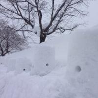 雪灯篭を作りました!