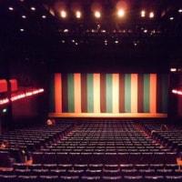 劇場と人の歳月に想う