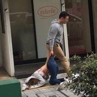日本で白昼こんなことが・・・姫路で暴行事件?