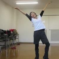 小嶋さん踊る!