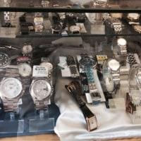 街の時計店