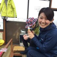 河口湖まさかの大爆釣!!富士山おろしに大漁旗がひるがえるのだ。