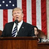 トランプ大統領議会演説「私は軍を再建し、防衛支出の凍結を解除し、米史上最大級の防衛支出増加を求める予算を議会に提案する」