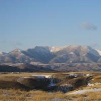 山の雪も少なくなってきました。