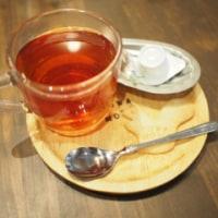 towa mowa  cafe のワッフルとシナモンバナナケーキ