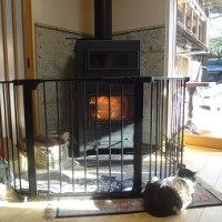 大谷石の暖炉のある暮らし