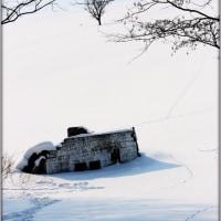 雪に埋もれた要塞