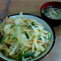 ザ・沖縄感満載のカツ丼を食べてみよう・・・伸ちゃん(与儀)