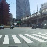 天皇陛下の車列・・・物凄い警備体制でスムーズに通過・・さすが警視庁!!