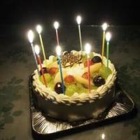 今月1回目のバースデーケーキ…