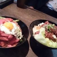 大須レットロックのローストビーフ丼