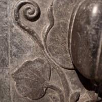 ● 石彫タイル / 仏のくちびる