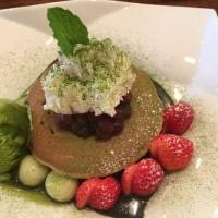 梅小路カフェの抹茶パンケーキ