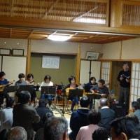 夜の神社で演奏してきました(^^)♪