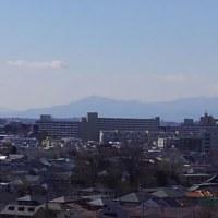 世田谷の恩師宅へ空瓶回収に行き、10階から富士山を撮して来ました。