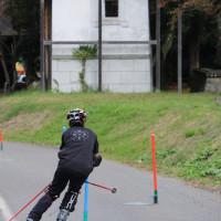昨日の小谷FCの練習の横で小谷中スキー部が練習