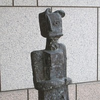 横浜美術館の守衛たち