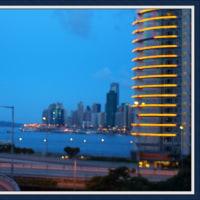 薄暮の香港