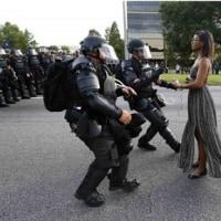 アメリカ  繰り返される警官の黒人への過剰な発砲と警察への報復 分断された社会への懸念