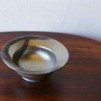 青砂掛け流しリム小鉢