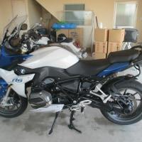 もしオートバイも手入れが簡単で美しさを保持出来たら人気が高まりませんかね・・・・・